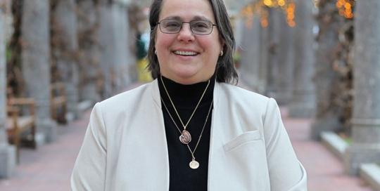 Gail Glave, Managing Director